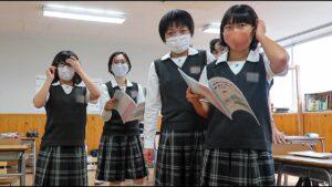 Une-journée-dans-un-collège-au-Japon